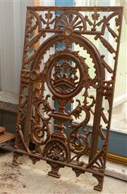Sale 8677A - Lot 71 - A small cast iron decorative balustrade panel, H 87 x W 55cm