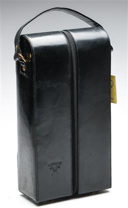 Sale 9246 - Lot 87 - A Carlo Rossini genuine buffalo leather twin bottle carrier (L:37cm)