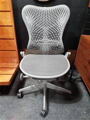 Sale 8822 - Lot 1004 - Herman Miller Mirra Office Chair