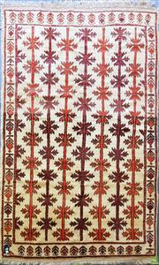 Sale 8601 - Lot 1071 - Persian Shiraz (250 x 145cm)