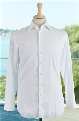 Sale 9120K - Lot 80 - A Giorgio Armani luxury white cotton button up long sleeve shirt, size 38