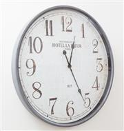 Sale 9070H - Lot 60 - A large wall clock, Diameter 67cm