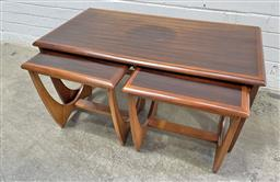 Sale 9134 - Lot 1052A - Vintage Teak nest of three side tables by Kalmar (h:47 x w:95 x d:51cm)