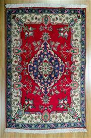 Sale 8643C - Lot 69 - Persian Kashan 145cm x 95cm
