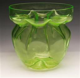 Sale 9104 - Lot 17 - Uranium glass bowl (Dia24cm)
