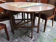 Sale 8566 - Lot 1092 - Good Quality Bithcraft Scottish Drop Leaf Table