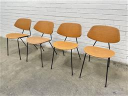 Sale 9134 - Lot 1072 - Four metal frame chairs in orange (h:75 x w:46 x d:52cm)