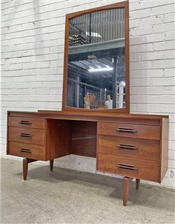 Sale 9134 - Lot 1016 - Teak twin pedestal mirrored back dresser with six drawers  (h:175 x w:155 x d:48cm)