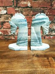 Sale 8500A - Lot 87 - A pair of retro grey marble horse head bookends - Condition: Very good - Measurements: 22cm high x 13cm base