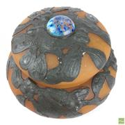 Sale 8649R - Lot 85 - Loetz Style Lidded Bowl (Dia: 13.5cm)