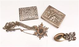 Sale 9104 - Lot 46 - A Collection Of Silverplated Wares Incl Caddy Spoon Embossed Tin And Medallion