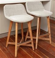 Sale 8904H - Lot 5 - A pair of Satara outdoor living UV treated bar stools in ivory. Height of back 88cm x Width 50cm