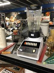 Sale 8819 - Lot 2365 - Collection of Kitchen Wares incl. Blenders (Braun, National), Mincer, etc