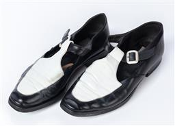 Sale 9092F - Lot 54 - A PAIR OF JOAN & DAVID BLACK & WHITE FLATS, Made in Italy. New heels & soles. Joan & David shoe bag. Size EU37.5.