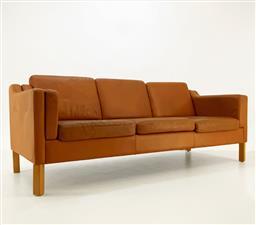 Sale 9252AD - Lot 5002 - DANISH TAN 3-SEAT SOFA, 1960s: elevated back on oak legs with original cognac tan leather upholstery (h. 75, l. 184 , d.76 cm, seat...
