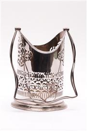 Sale 9018O - Lot 825 - Edwardian EPNS champagne holder with handle (H32cm)