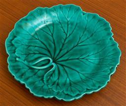 Sale 9164H - Lot 65 - A Wedgwood green majolica leaf dish, Diameter 20cm