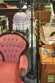 Sale 8440 - Lot 1092 - Beaded Shade Table Lamp