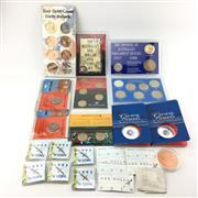 Sale 8618 - Lot 69 - Royal Australian Mint Collectors Coins incl. 1927 Florin