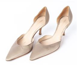 Sale 9092F - Lot 82 - A PAIR OF GIORGIO ARMANI ECRU SATIN HEELS, Made in Italy with shoe bag, Size Eur 38.5