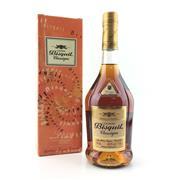 Sale 8588 - Lot 717 - 1x Bisquit Classique Cognac - in box