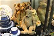 Sale 8365 - Lot 69 - German Mohair Vintage Teddy Bear with Others (5)