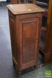 Sale 8542 - Lot 1082 - Oak Baguette Bin with Crumb Drawer