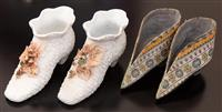 Sale 8934H - Lot 89 - A vintage slip moulded pair of booties together with an oriental pair