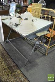 Sale 8390 - Lot 1422 - Vintage Light Up Drawing Desk