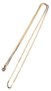 Sale 9046 - Lot 310 - A 14CT GOLD SCROLL CHAIN; with bolt ring clasp, length 51cm, wt. 2.56g.
