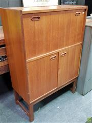Sale 8585 - Lot 1028 - Turnidge of London Cocktail Cabinet