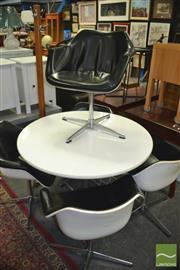 Sale 8431 - Lot 1081 - Hille Retro 5 Piece Dining Suite