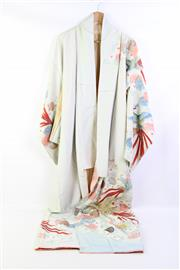Sale 8904H - Lot 35 - A Vintage Silk Kimono featuring phoenix and chrysanthemums design with gilt thread work.