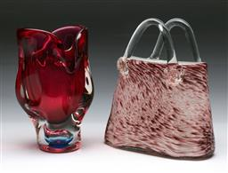 Sale 9144 - Lot 40 - Art glass handbag (H:21cm) together with an art glass vase (H:19.5cm)