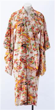 Sale 8910F - Lot 78 - A vintage silk kimono featuring fans and flowers and bridges on cream ground with pink and white cotton interior
