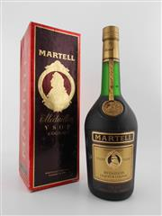 Sale 8479 - Lot 1715 - 1x Martell Medaillon VSOP Cognac - old botting in box