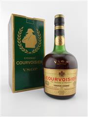 Sale 8479 - Lot 1727 - 1x Courvoisier VSOP Cognac - old bottling in box
