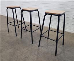 Sale 9154 - Lot 1049 - Three modern bar stool (h:80 x w:32 x d:32cm)