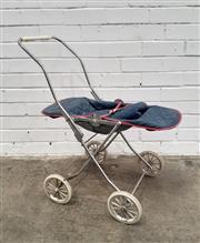 Sale 9071 - Lot 1046 - Vintage Goodtime Pram (H:75cm)