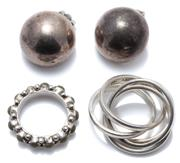 Sale 9037 - Lot 316 - MEXICAN SILVER RINGS AND EARRINGS; 5 band ring, size O-P, a 6.3mm wide full band set with composite green beads size L, and a pair o...