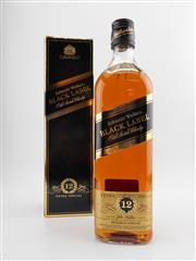 Sale 8498 - Lot 1747 - 1x Johnnie Walker 12YO Black Label Blended Scotch Whisky - in box