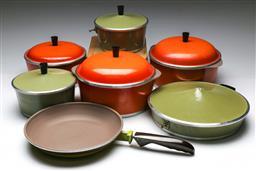 Sale 9156 - Lot 46 - Collection of vintage Australian frying pans, saucepans and Dutch ovens