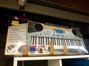 Sale 8663 - Lot 2171 - Livingstone DRM 650 Electric Keyboard