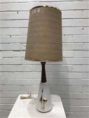 Sale 9092 - Lot 1001 - Ceramic and teak vintage table lamp (h:81cm)