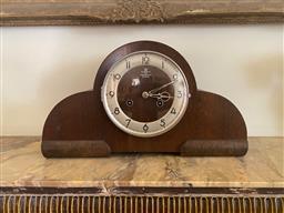 Sale 9190H - Lot 18 - An art deco mantle clock, Width 38cm