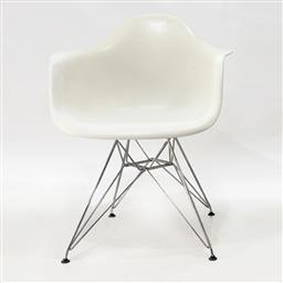 Sale 9252AD - Lot 5072 - EAMES DAR CHAIR IN WHITE FOR VITRA (SET OF 6): plastic and metal (w. 62.5, d. 60, h.83 cm, seat height 43 cm)