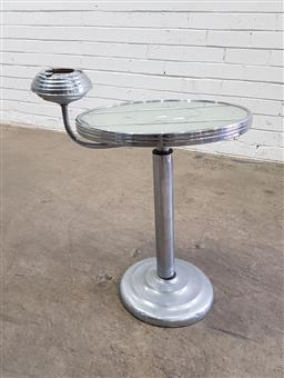Sale 9137 - Lot 1085 - Art deco wine table with mirrored top (h:51 x d:40cm)