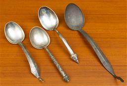 Sale 9164H - Lot 96 - Four Thai silver server spoons, longest 34cm