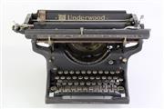 Sale 8860V - Lot 67 - Vintage Underwood Typewriter