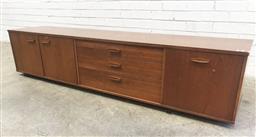 Sale 9117 - Lot 1034 - Vintage teak sideboard, damage to legs (h:45 x w:204 x d:43cm)
